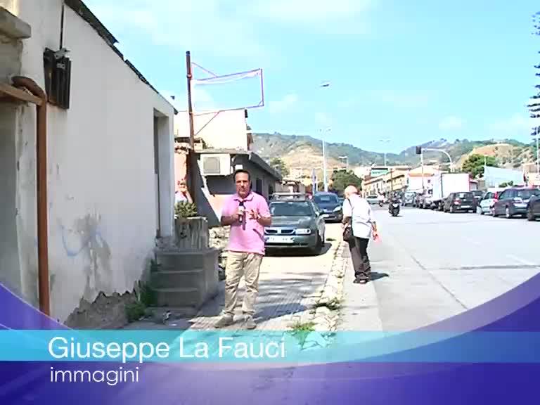 Camere Da Letto Trailer.Cucine Che Di Notte Diventano Stanze Da Letto Ecco Come Si Vive Nelle Baracche Di Messina